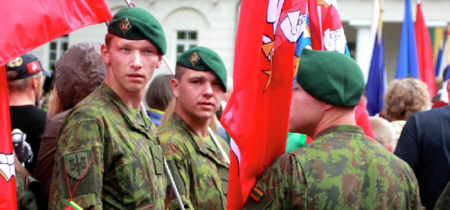 В каких странах обязательная воинская служба в армии